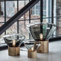 Luxury Life【Brokis Muffins Mini Wood 06 Table Lamp 穆林 玻璃 立式桌燈 圓徑 27.5cm,Lucie Koldova 設計】