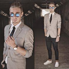 Daniel Wellington Brown Leather Watch, H&M Gray Blazer, H&M White Platform Sneakers, Pull & Bear Navy Cropped Denim Jeans, H&M Plain White Shirt, Navy Necktie, H&M Round Framed Sunglasses