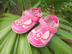 Robeez baby walking shoes.  TinySoles giveaway