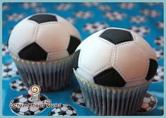 Cake salmon, leeks and dill - Clean Eating Snacks Cupcakes Fondant, Soccer Birthday Cakes, Cupcakes For Men, Football Cupcakes, Soccer Cake, Kid Cupcakes, Soccer Party, Cupcake Cakes, 15 Birthday