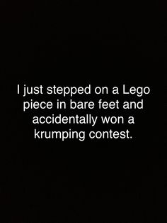 haha, happens at least twice a week to me! Can't Stop Laughing, Laughing So Hard, Haha Funny, Hilarious, Funny Stuff, Funny Shit, Funny Things, Me Quotes, Funny Quotes