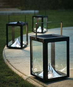 Our sleek and handsome Metropolitan Solar Lantern adds portable ambient lighting to the outdoor space of your choice. Perfect by a pool or outlining your deck