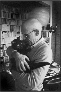 Michel Foucault avec son chat