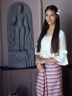 Traditional dress ig:mallikamali