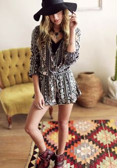 Loving these new bohemian pieces from ThreadSence Gypsy Style, Bohemian Style, Boho Chic, My Style, Boho Fashion, Fashion Looks, Ladies Fashion, Boho Romper, Fall Winter Outfits