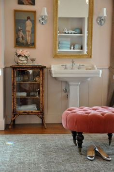cute 1/2 bath ideas. Like the peach. Perhaps I should go for a lighter color in the downstairs 1/2 bath.