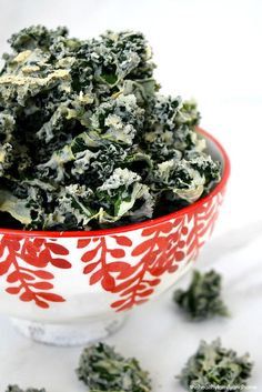 Clean Eating Raw Habanero Kale Chips...made with clean ingredients and a dehydrator and they're raw, vegan, gluten-free, dairy-free and paleo-friendly | The Healthy Family and Home