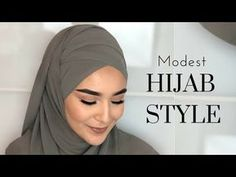 Hi guys! You need an easy, fashionable and comfy turban style? Than this tutorial will be one of your favorites. A regular size hijab in every kind, a . Hijab Style Tutorial, Scarf Tutorial, Easy Hijab Tutorial, Modest Fashion Hijab, Muslim Fashion, Stylish Hijab, Hijab Mode Inspiration, Style Inspiration, Hijab Pins