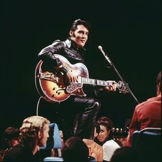 The latest news on Elvis Presley is on POPSUGAR Entertainment. On POPSUGAR Entertainment you will find everything you need on movies, music and Elvis Presley. Elvis Presley Pictures, Singing Career, Gene Kelly, Iconic Photos, Steve Mcqueen, Graceland, The Guardian, Memphis, Rock N Roll