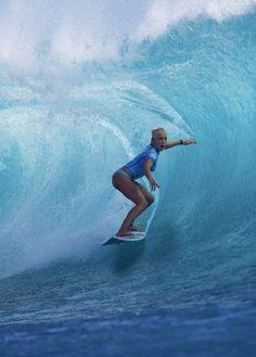 A very Happy Birthday to Tatiana Weston-Webb! Kitesurfing, Tatiana Weston Webb, Female Surfers, E Skate, Sup Stand Up Paddle, Surfing Pictures, Beach Aesthetic, Surf City, Surfs Up