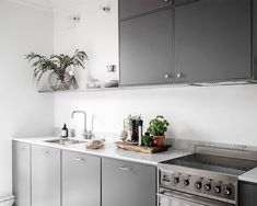 Scandinavian-Home-Tour-Grey-Kitchen-Styling-Decor