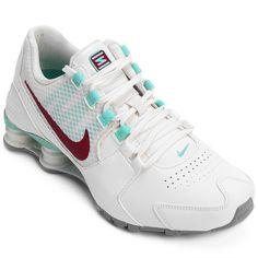 Para você que não abre mão de conforto e nem de estilo, a boa pedida é o Tênis Nike Shox Avenue Se Prata e Lilás. Complete os seus looks e aproveite ao máximo o seu dia.   Netshoes