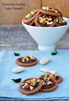 Fursecuri cu ciocolata Chocolate Ganache, Chocolate Cookies, Biscuits, Deserts, Breakfast, Blog, Christmas, Pies, Crack Crackers