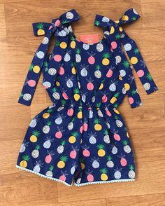 Baby Dress Design, Baby Girl Dress Patterns, Baby Girl Dresses, Little Girl Outfits, Kids Outfits, Toddler Fashion, Kids Fashion, African Dresses For Kids, Cute Newborn Baby Girl
