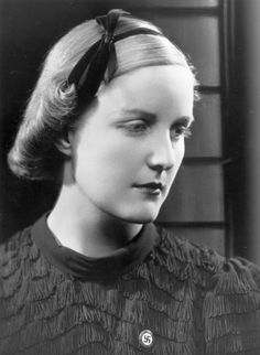 Unity Mitford - In the period following the First World War, when, despite financial pressures, Britain was at her imperial zenith, was a golden era. It was also an era in which the middle and ruling classes' fear of communism encouraged a surprising amount of enthusiasm for Adolf Hitler.