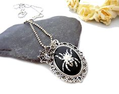 Necklace with spider, spider web, black, gothic style, resin necklace, cabochon £12.50