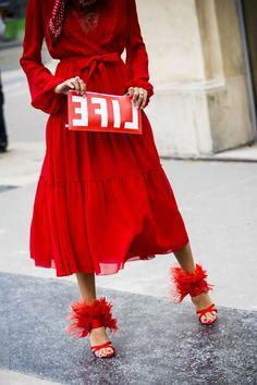 Street Style Paris Fashion Week Spring 2018