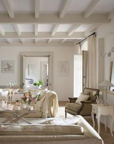 Trendy Home Inspiration White Beams Cottage Living Rooms, Cottage Interiors, Home Living Room, Living Room Decor, Dining Room, French Country Rug, French Country Decorating, Painted Ceiling Beams, Country Style Homes
