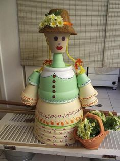 Boneca de cerâmica para enfeitar o jardim, como fazer   Vila do Artesão