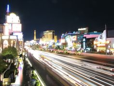 Vegas in summer -- does it get any better?! Here's a girl's guide on what to pack!