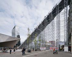 Le gigantisme des escaliers de MVRDV à Rotterdam