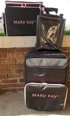 Mary Kay Consultant Bags Tote Display Case Luggage Organizer Suitcase on Wheels