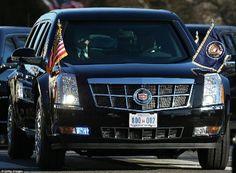 El Cadillac estará equipado con armas que incluyen cañones de gas lacrimógeno, una escopeta e incluso botellas del tipo de sangre del presidente electo en caso de emergencia, informaron los informes.
