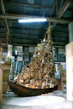 Alfredo and Isabel Aquilizan's Art --recycled boxes