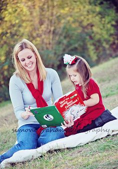 How the Grinch...mommy and me Christmas session by simone,trahan.photography