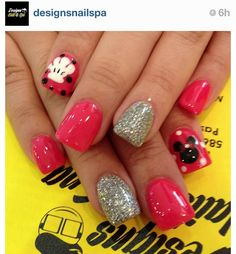 Minnie Mouse Disney nails