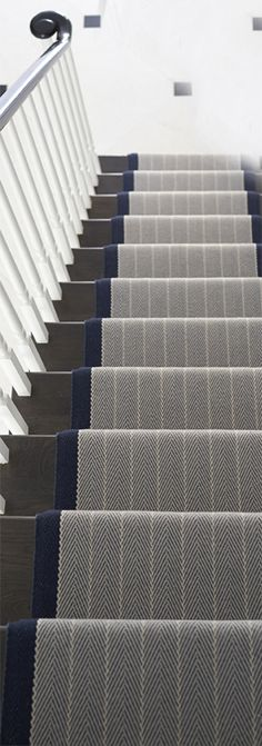 Pretty Painted Stairs Ideas to Inspire your Home stair carpet runner (stairs painted ideas) Tags: carpet stair treads, striped stair carpet, stair carpet ideas stair+carpet+ideas+staircase Staircase Carpet Runner, Carpet Stair Treads, Carpet Stairs, Carpet Runner On Stairs, Dark Staircase, Stairway Carpet, Rustic Stairs, Wooden Stairs, D House