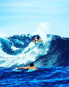 Hurry up summer!!  #love #peace #health #happiness #healthy #quote #quotes #girlswholift #surf #surfing #beach #ocean #sea #swim #scuba #outside #adventure #travel #wanderlust #fitness #summer #waves ( # @tk_wolfie via @latermedia )