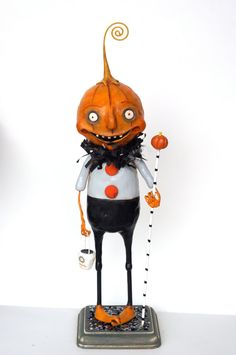 Halloween Pumpkin Man with Curly Stem and by cortneyrectorFOLKART