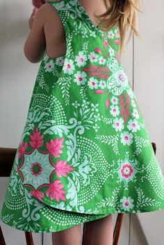 Wrapped pinafore summer dress tutorial. I wish I knew how to sew!!