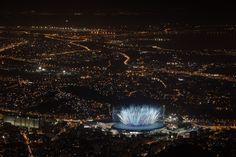 Fogos no Estádio do Maracanã durante a abertura da Olimpíada Rio 2016. Inesquecível cerimônia.
