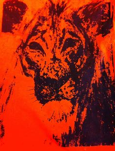 Phoebe: lion screen print onto t-shirt.