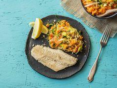 Wijtingfilet en bataat-wortelpuree met prei en oregano