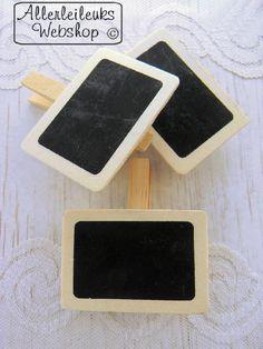 Houten krijtbordjes met wasknijper ((creatief met wasknijpers))
