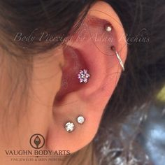 Fresh Conch Piercing from yesterday. All pink CZs on the outside and clear CZs on the center. #adamrichins #vaughnbodyarts #anatometal #anatometalinc #ucsc #csumb #mpc #monterey #montereybay #bodypiercing #conch #conchpiercing #earpiercing #earring (at Vaughn Body Arts)