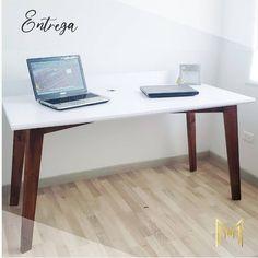Producto terminado 💎 escritorio moderno y funcional, nuestro cliente quedo feliz con el resultado.  #escritoriosmodernos #homeoffice #trabajadesdecasa🏡  #decoracioninteriores Office Desk, Furniture, Home Decor, Happy, Modern Desk, Studio, Interiors, Blue Prints, Desk Office