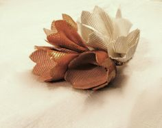 Clochettes. Silk flower by Jicqy les mirettes
