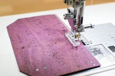 Diy Sewing Projects, Cool Diy Projects, Sewing Tutorials, Sewing Tips, Sewing Hacks, Sewing Ideas, Fabric Cards, Cork Fabric, Sewing Patterns Free