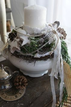 DIY for Advent - Advent im Glas - weihnachtenbasteln Christmas Makes, All Things Christmas, White Christmas, Christmas Home, Christmas Holidays, Christmas Crafts, Christmas Advent Wreath, Christmas Candles, Christmas Centerpieces