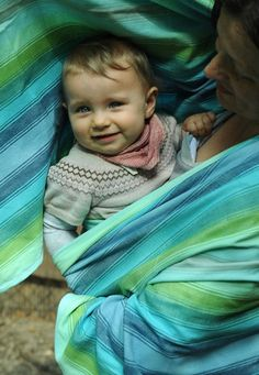 Storchenwiege Leo Navy Woven Wrap size 6 Storchenwiege Leo is a beautiful, yet strong weave. This one is the deliciously understated Leo Navy (approx – size The Storchenwiege® woven w… Baby Laden, Baby Wearing Wrap, Ring Sling, Woven Wrap, Baby Wraps, Childhood, Purple, How To Wear, Babywearing
