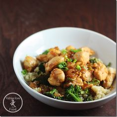 general tso's chicken: 1 lb of chicken tenderloins, cubed 1/2 cup of diced onion 2 Tablespoons of olive oil 2 teaspoons of crushed red pepper flakes 4 cloves of garlic 1/4 cup of Orange juice 3 Tablespoons of coconut aminos (or soy sauce) 3 cups of broccoli florets 2 green onions/scallions sliced
