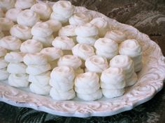 Buttery cream cheese mints