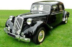 La Citroën traction avant de 1934 à 1957. #citroen #citroen_traction #2cv