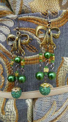 Bowknot Chandelier Earring Green by YYworkshop on Etsy, $10.00