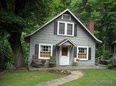 $199,000 - Pinned July 2015 - 222 Lake Lure Hwy, Hendersonville, NC 28792