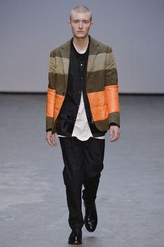 Casely Hayford Original Fall/ Winter 2015- Mistura de materiais #blazers #Alfaiatarias #Lanosos #Tecnologicos #FocusTextil